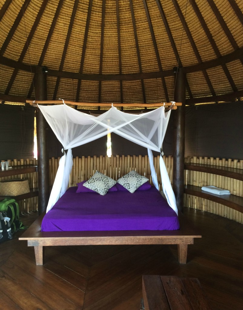 treehouse bed in bali