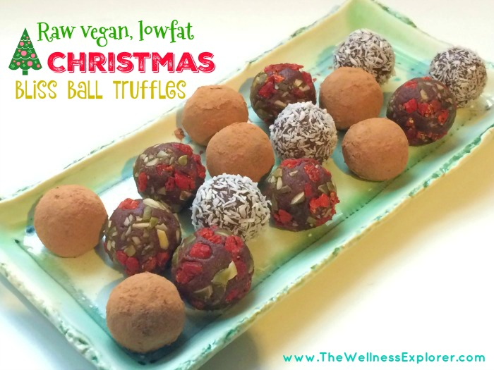 Raw vegan Christmas fudge truffles